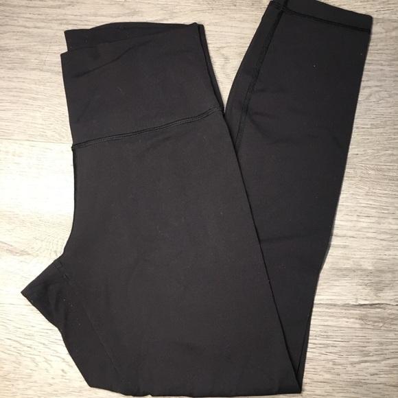 lululemon athletica Pants - Lululemon Black Wunder Under leggings